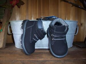 GARANIMALS TODDLER BOYS BOOTS SIZE 5 BLACK KIDS CASUAL SHOES ADHESIVE STRAP NEW
