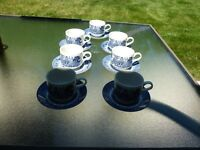 Churchill Blue Willow set of 7 Cups and Saucers (14 pcs) made in England EUC