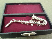 Dolls House Miniatures 1:12th Scale Alto Saxophone in Black Case 9/160 New