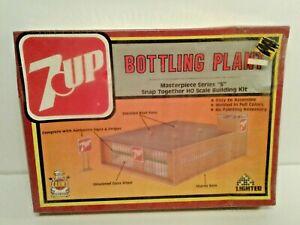 Vintage A.H.M 7 Up Bottling Plant Buildiing Sealed Box Model #15403  1984