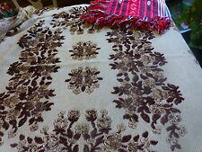lot 2 tapis d e table ,marron,rouge