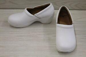 Nurse Mates Bryar Slip On Comfort Clog - Women's Size 8.5 W, White