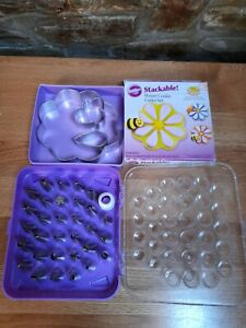 Icing Piping Nozzle Tool Set & Wilton 3D Cookie Cutter Set