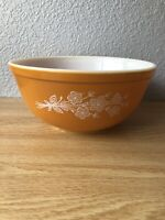 Vintage Pyrex Butterfly Gold 2.5 Quart Mixing Bowl #403