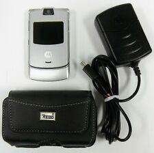 Motorola Razr V3 - Silver ( At&T / Cingular ) Cellular Flip Phone - Bundled