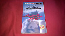 Romanzo Kathleen E. Woodiwiss MAGNIFICA PREDA Best sellers Sonzogno (2001)