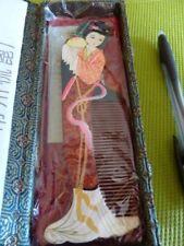 Peigne à cheveux neuf dans sa boîte d' origine. ( Chine )