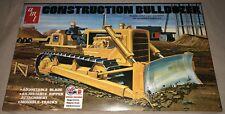 AMT Construction Bulldozer 1/25 scale plastic model kit new 1086 *