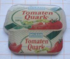 Milram/Tomato Quark... FOOD-Pin (138c)