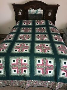 """90s Handmade Log Cabin Queen Size Quilt 88"""" x 104""""  Hand Stitched"""