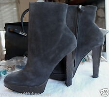 BRAND NEW LARARE $1400 PLATFORM GREY SUEDE ANKLE BOOT SIZE 41