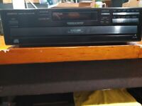 Onkyo DX-C330 6-CD Compact Disc Changer - No Remote