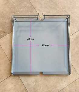 5 Blum solid-base wire baskets (for centre mounting larder)