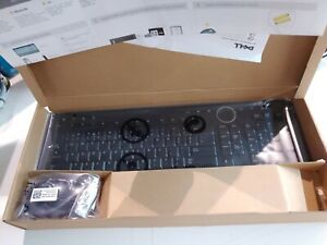 Dell Wireless French Canadian Keyboard & Optical Scroll Mouse Combo M817C