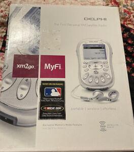 Delphi MyFi Portable XM2go Portable SIRIUS XM Satellite Radio Receiver bundle