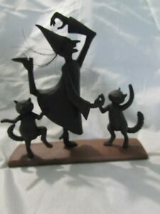 Blossom Bucket -  Silhowitches - Witch & Cats Dancing