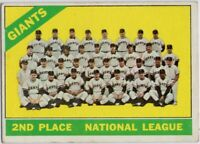 1966 Topps #19 Giants Team EX+ Willie Mays Cepeda Marichal Perry FREE SHIPPING