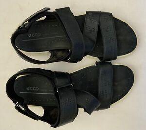 Barely worn Ecco black walking sandals. Sz 41 RRP $179