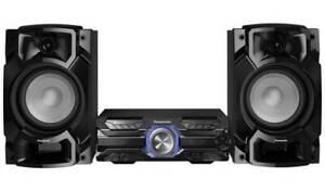 Panasonic SC-AKX520 650W CD FM Bluetooth USB Hi-Fi Stereo System Black