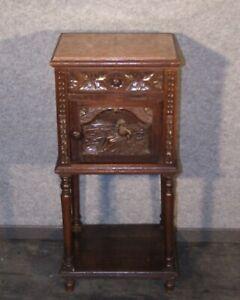 EF 974 Schoener bretonischer Beistelltisch Nachttisch  Kommode Eiche um 1900