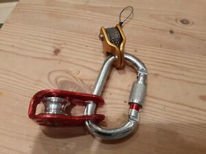 Climbing gear wild countryRopeman 2 ascender+petzl fixe pulley mountains skiing