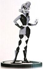 Ess210. Batman Black & White Harley Quinn by Paul Dini #2612 L/E Statue (2015)