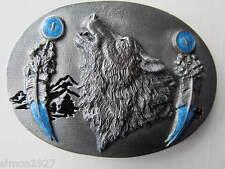 Wolf Hebilla de cinturón Aullidos Wolf y plumas.
