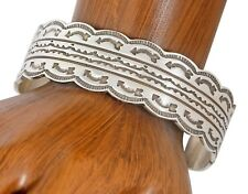 Stamped Arrows Tribal .925 Silver Cuff Vtg Navajo Artist Scalloped Edge Hand