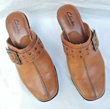 """CLARKS BENDABLES TAN LEATHER BRASS BUCKLE SLIDES 2.5"""" HEELS MULES CLOGS 6,5 M"""