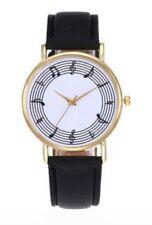 Montre bracelet noir motifs partition, notes de musique et clé de sol.