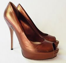 NEW $654 GUCCI Sofia Peep Toe Pumps - Bronze - Size 38