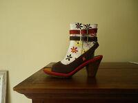 Bottines femme ART CIE en 36 chaussures Flower  St Honoré rouge lagenlook NEUF