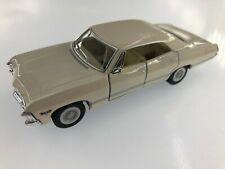 "5"" Kinsmart Chevy 1967 Chevrolet Impala Diecast Model Toy Car 1:43 Cream"