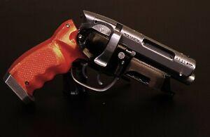 Blade runner blaster-Deckard's blaster B3T V2