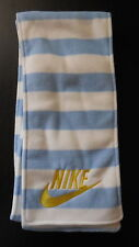 NIKE Unisex Scarf Futboler's Fleece White/Prism Blue/Tour Yellow OSFM New