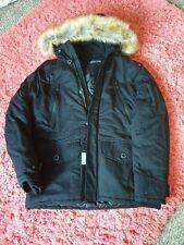 Abrigo de invierno de hombre negro con capucha de piel BNWT RRP £ 78 Talla XS, S, M
