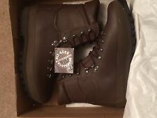 New in Box Altberg Brown Defender Boots Combat Size UK 9 W Wide Male