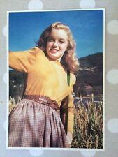 MARILYN MONROE POSTCARD 80s  1948  in yellow sweater by Bill Burnside