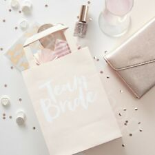 Team Bride Pink Paper Party Bags Hen Do Party Favour Bags Bachelorette Party x 5