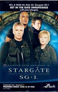 STARGATE SG-1 & BATTLESTAR GALACTICA 2003 FCBD 7X10 DEALER OVERSIZED PROMO CARD