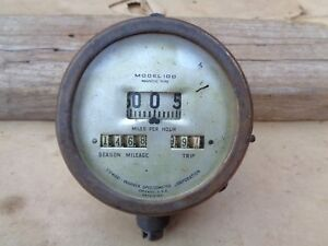 Vintage STEWART WARNER SPEEDOMETER Model 100 F-14 Original 1915 Model T Ford