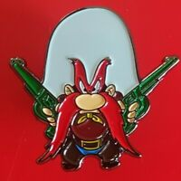 Yosemite Sam Pin Looney Tunes Enamel Metal Brooch Badge Lapel 50s TV Cartoon