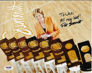 Pat Summitt Signed 8x10 Autographed PSA/DNA COA Tennessee Volunteers