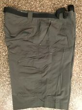 Columbia Mens 32 Belted Shorts Green Omni-Shade Sun Protection Nylon Cargo