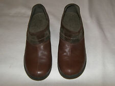 WOMENS CLARKS PRIVO CLOSED BACK CLOGS BROWN LEATHER SIZE 8 M