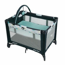 Graco Pack N Play Playard on The Go Stratus Removable Bassinet 1927561