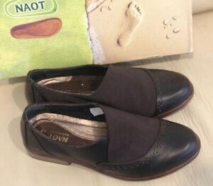 Naot TalasRoast & Brown Stretch Size 36