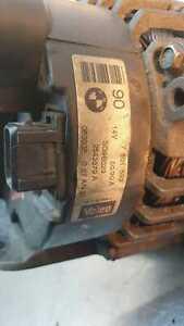 Bmw E39 5 Series 3.0i Auto 2001 Alternator 90  7501592 14V