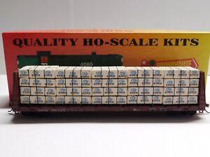 HO Scale Roundhouse Southern South Western 60' Bulkhead Flat Car #88325 w/ Load