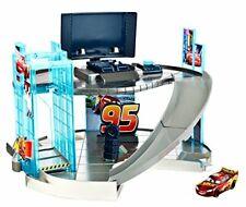 Mattel Disney Pixar Cars 3 - Rust-eze Racing Center Playset